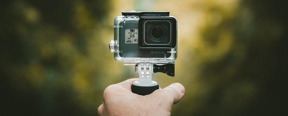 Este buna o camera video sport GoPro pentru vlogging? | Smart Products